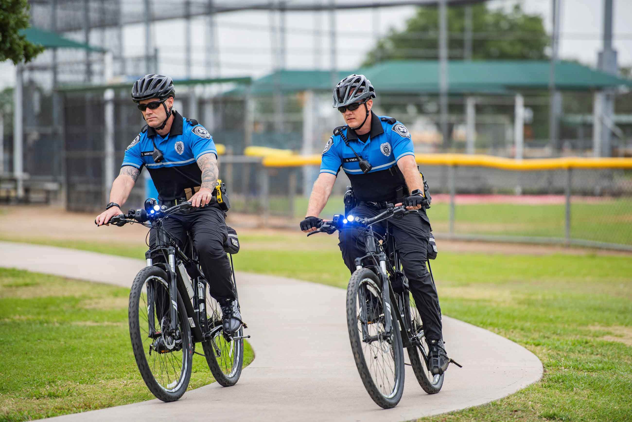 2 police officers bicycling